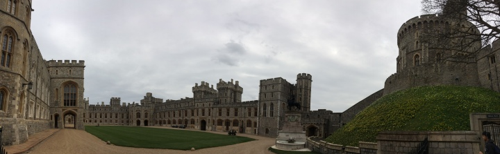 Blonde In Grey - An Afternoon at Windsor Castle (13)