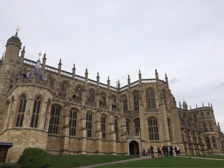 Blonde In Grey - An Afternoon at Windsor Castle (15)