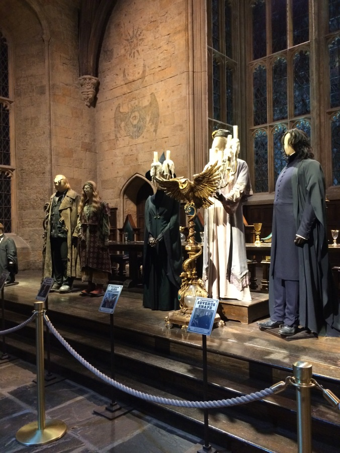 Hogwarts Hangouts - Blonde in Grey (5)