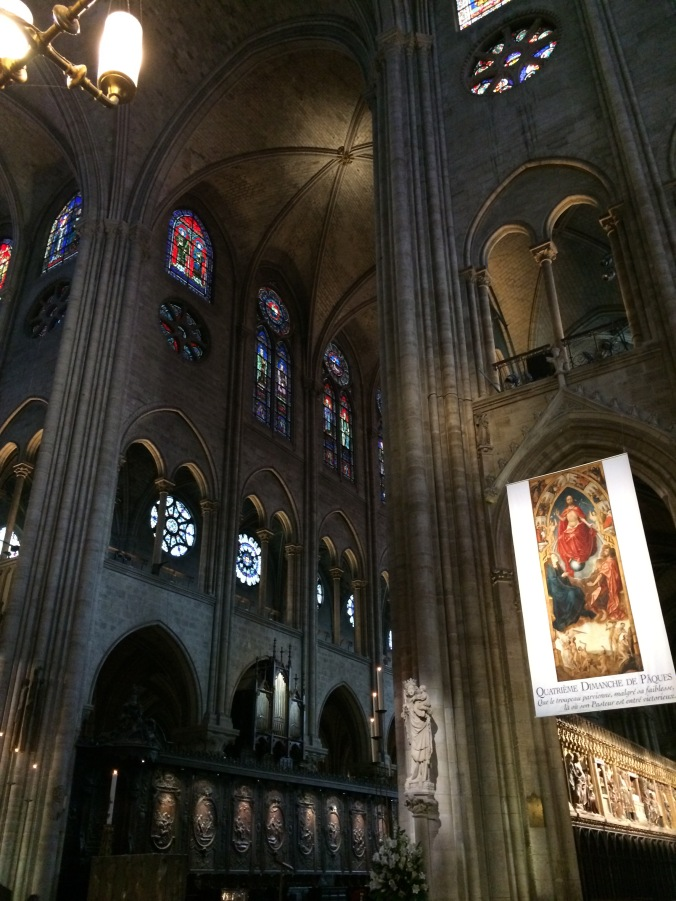 Blonde in Grey - Notes From Notre Dame (16)