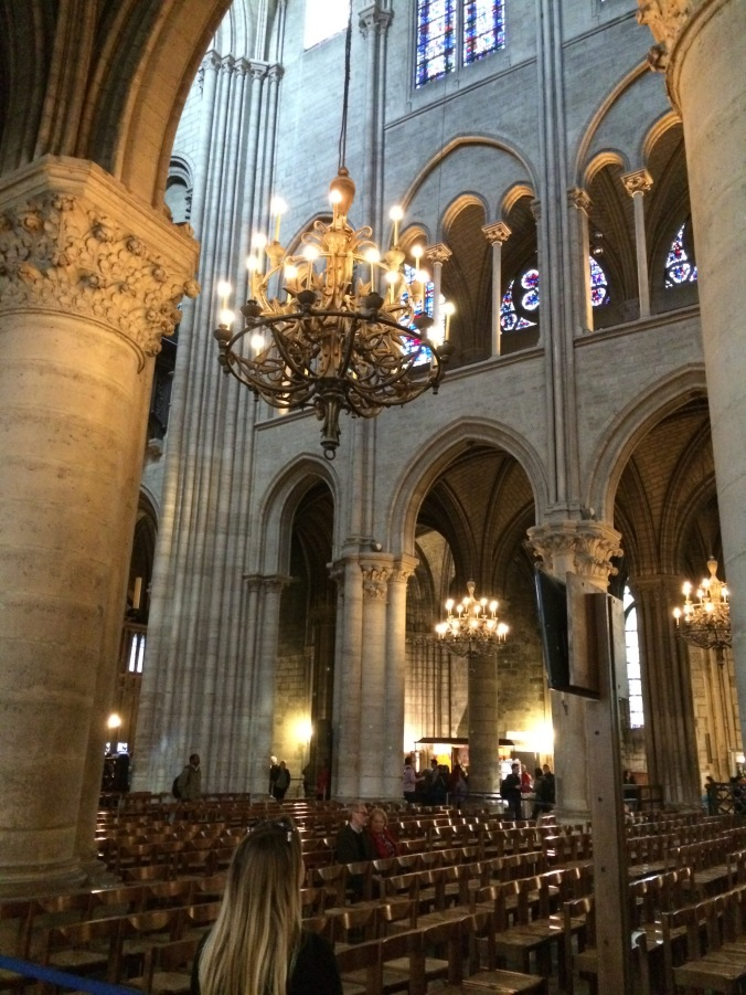 Blonde in Grey - Notes From Notre Dame (19)