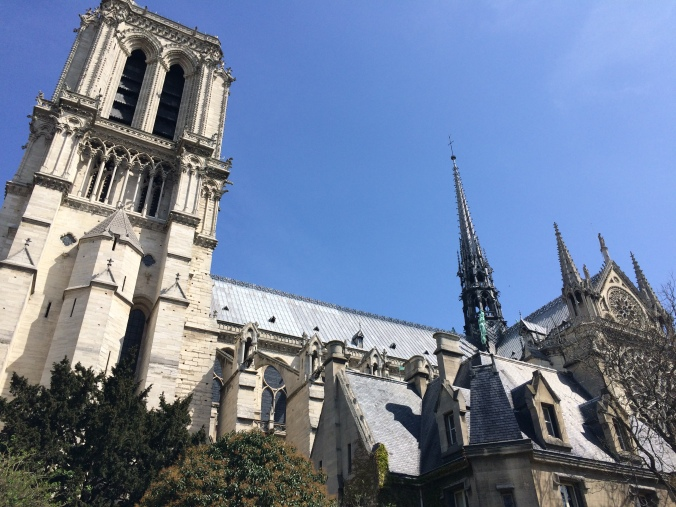 Blonde in Grey - Notes From Notre Dame (24)