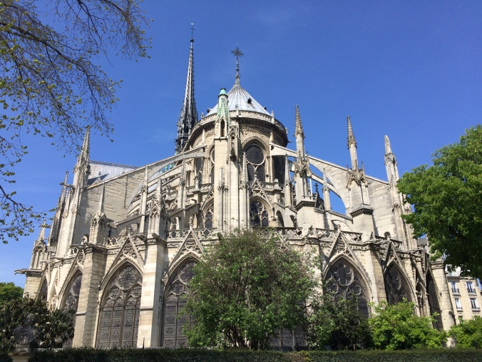 Blonde in Grey - Notes From Notre Dame (32)
