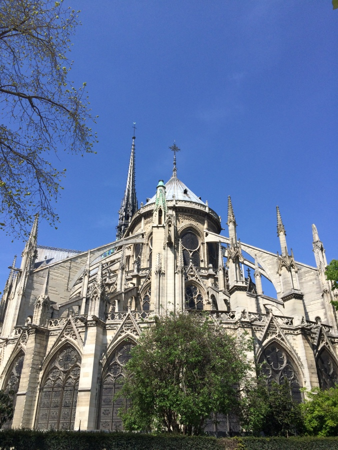 Blonde in Grey - Notes From Notre Dame (33)