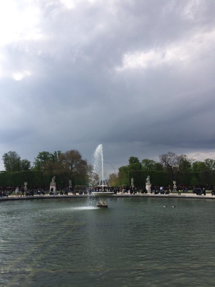 Blonde in Grey - Parisian Wanderings (40)