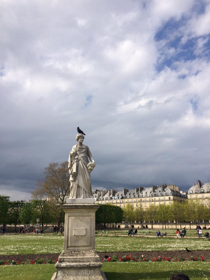 Blonde in Grey - Parisian Wanderings (41)