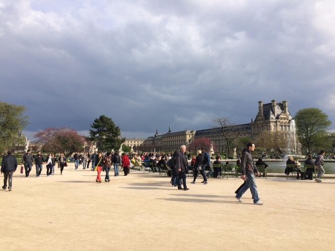 Blonde in Grey - Parisian Wanderings (42)