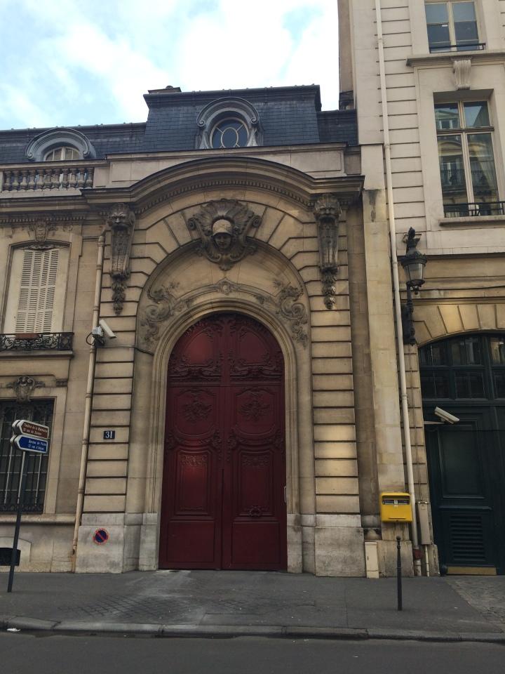 Blonde in Grey - Parisian Wanderings (51)