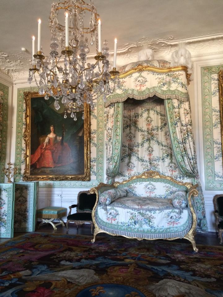 Blonde in Grey - Versailles Part One (29)