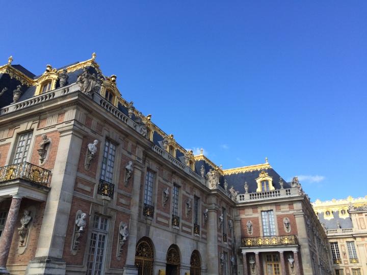 Blonde in Grey - Versailles Part One (3)