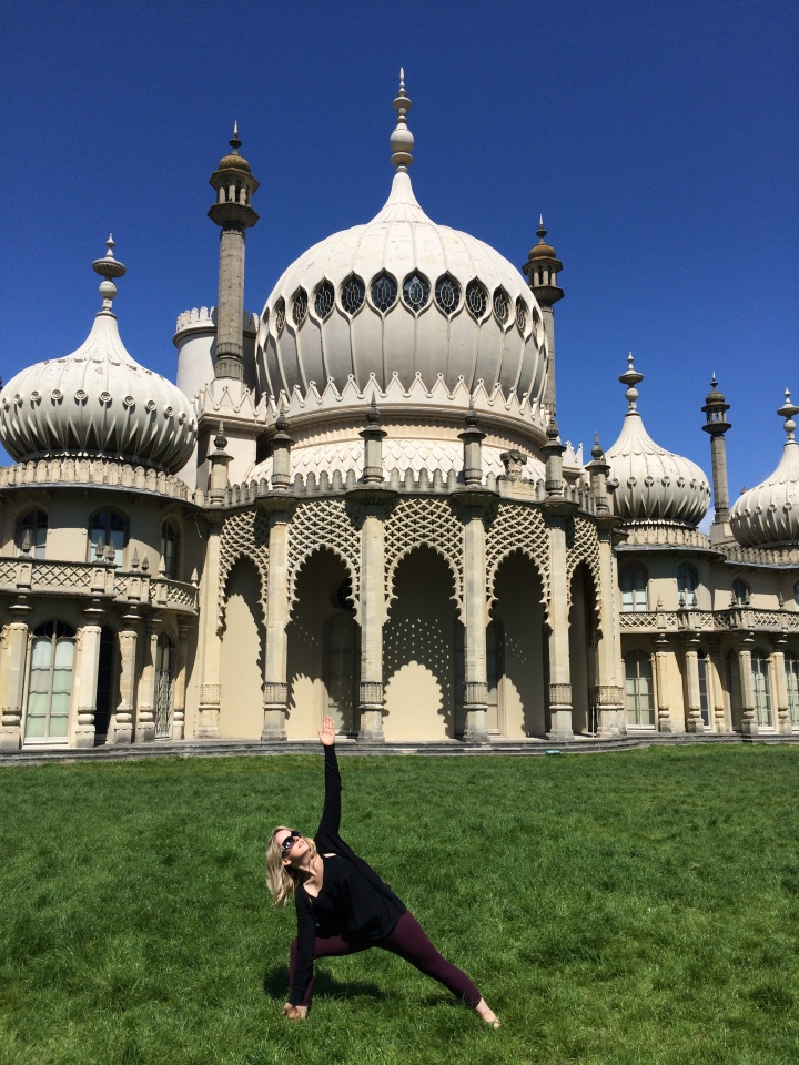 Blonde in Grey - Brighton (11)