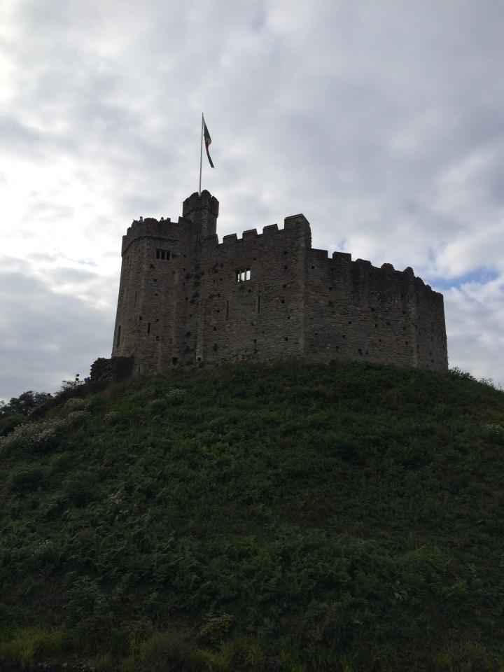 Blonde in Grey - Cardiff Castle (26)