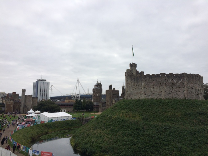 Blonde in Grey - Cardiff Castle (3)