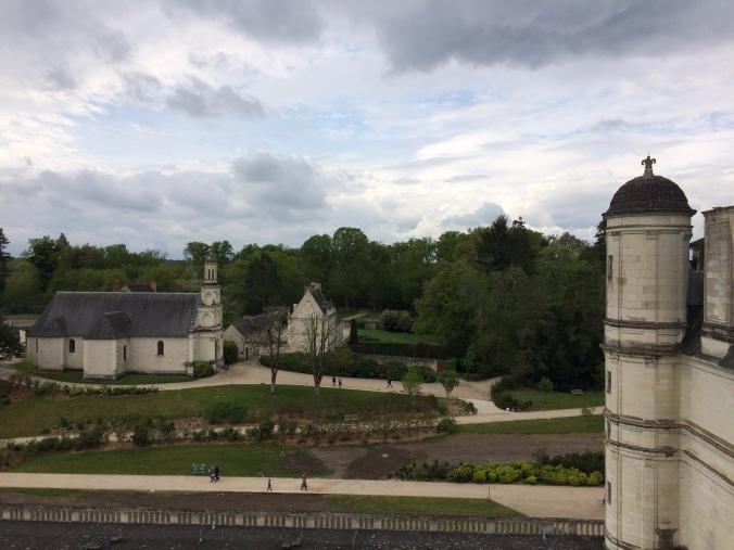 Blonde in Grey - Château de Chambord (20)