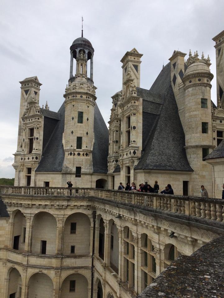 Blonde in Grey - Château de Chambord (21)
