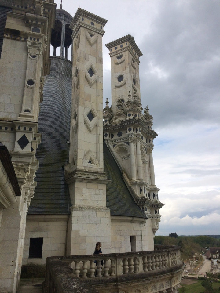 Blonde in Grey - Château de Chambord (23)