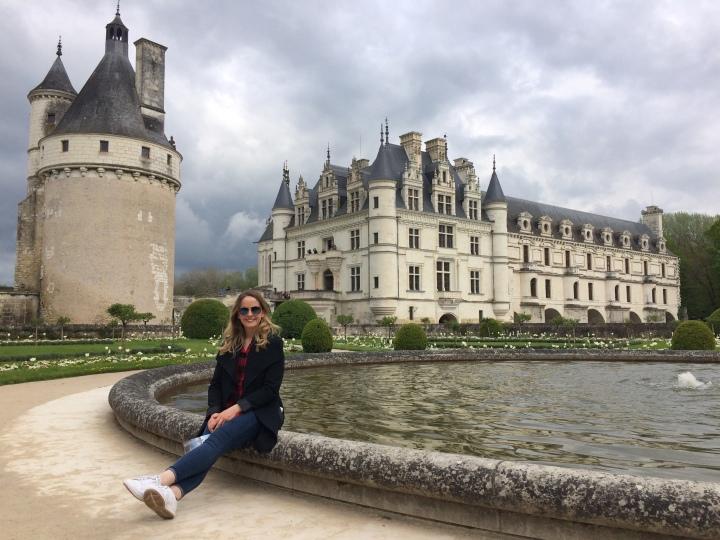 Blonde in Grey - Château de Chenonceau (12)