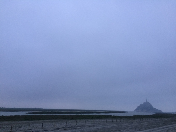 Blonde in Grey - Mont Saint-Michel (21)