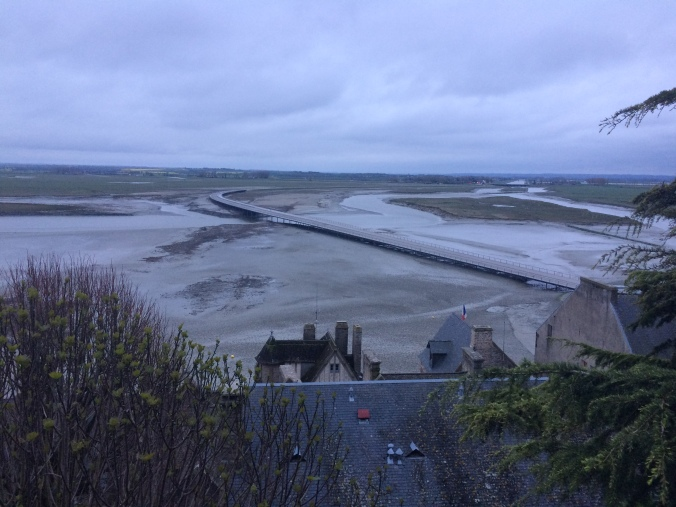Blonde in Grey - Mont Saint-Michel (42)