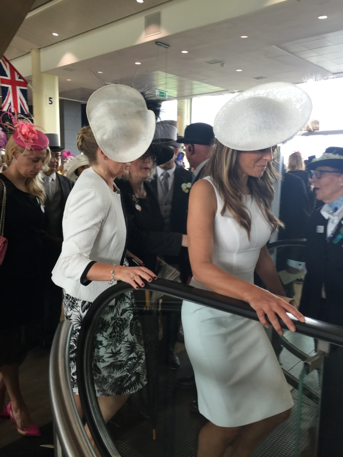 Blonde in Grey - Royal Ascot 2016 (13)