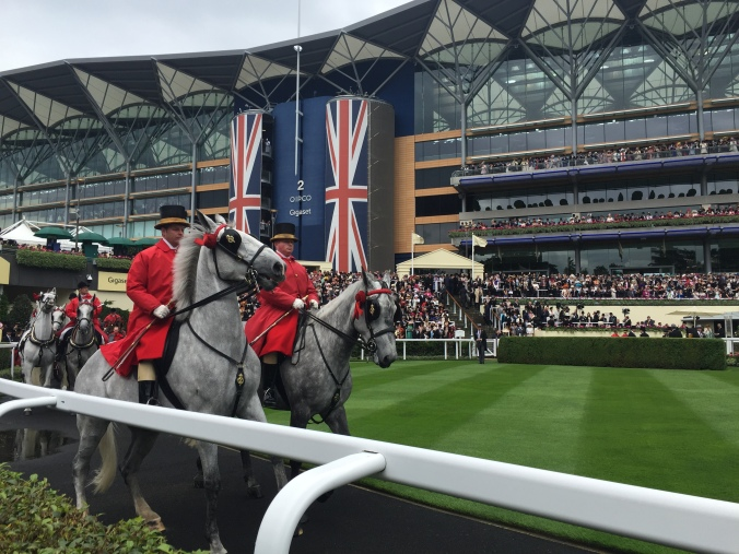 Blonde in Grey - Royal Ascot 2016 (2)