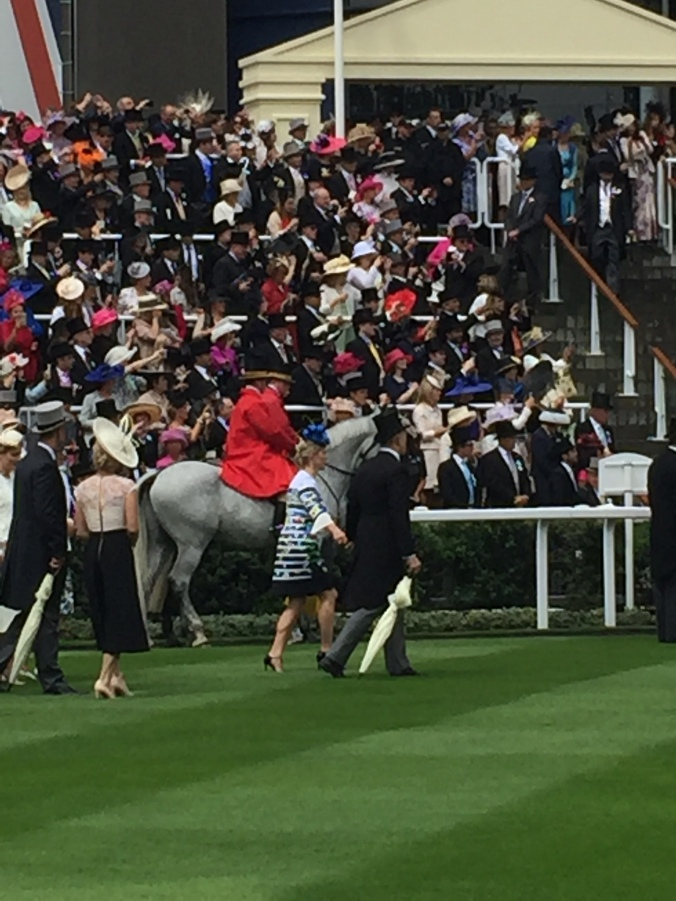 Blonde in Grey - Royal Ascot 2016 (6)
