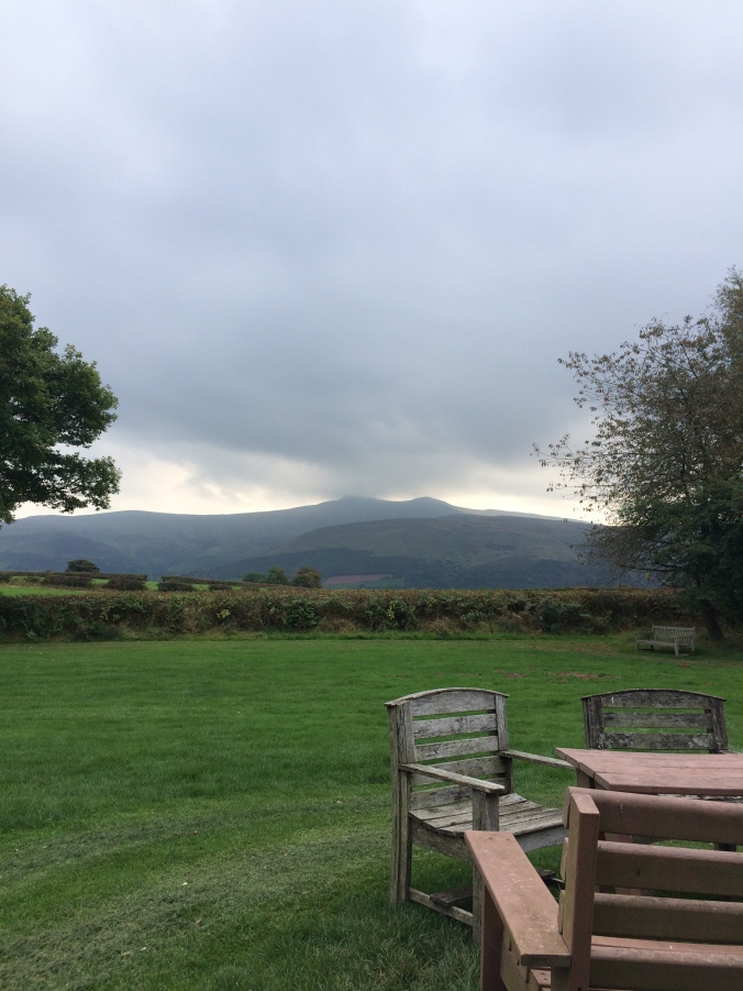 Blonde in Grey - The Beautiful Brecon Beacons (40)