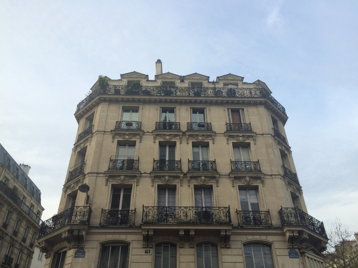Blonde in Grey - The Beauty of Paris (14)