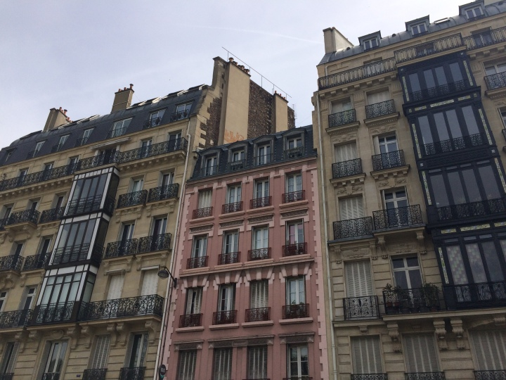 Blonde in Grey - The Beauty of Paris (20)