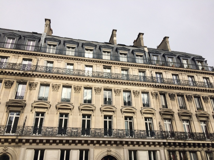 Blonde in Grey - The Beauty of Paris (23)