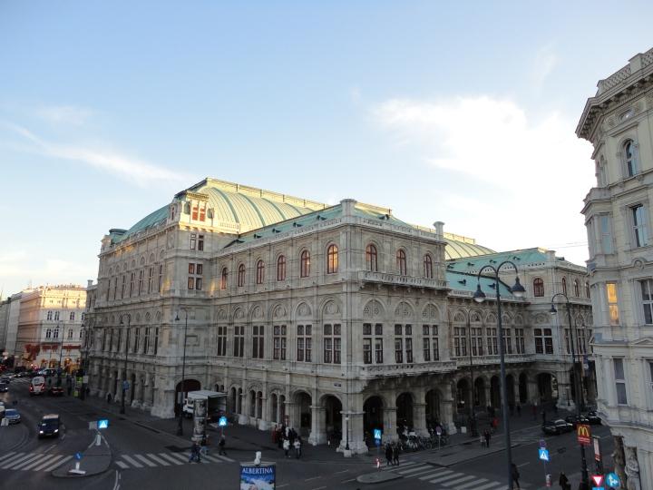 Blonde In Grey - Vienna 5 (1)