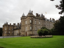 Blonde In Grey - Holyroodhouse (4)