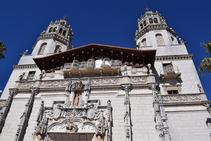 Blonde in Grey - Hearst Castle (15)