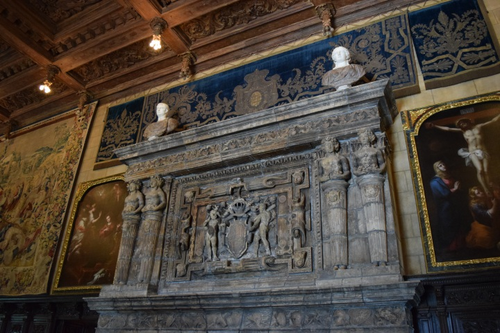 Blonde in Grey - Hearst Castle (23)