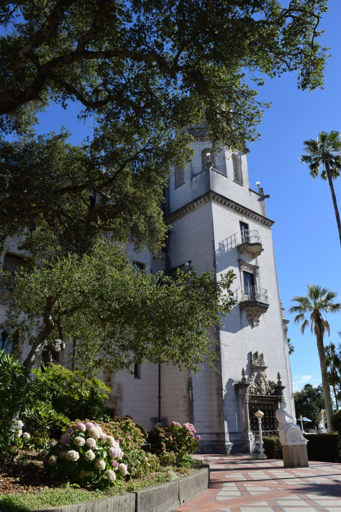 Blonde in Grey - Hearst Castle (38)