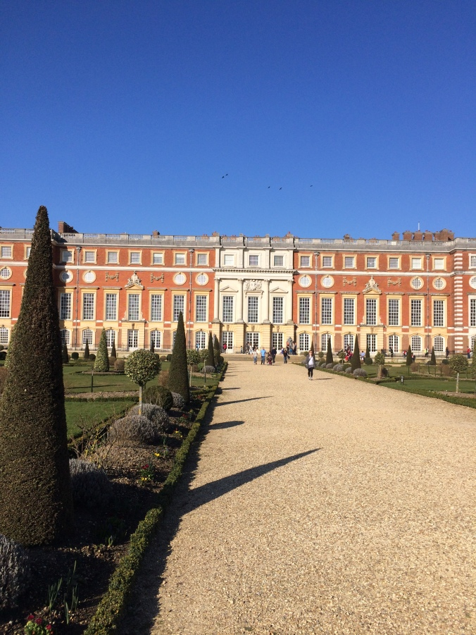 blonde-in-grey-hampton-court-palace-16