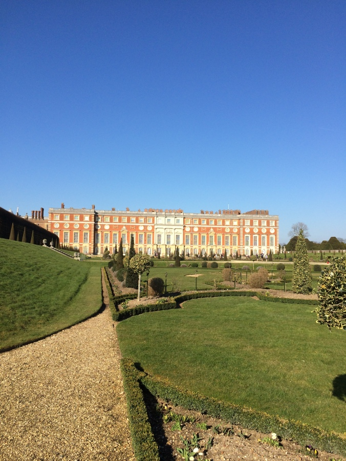 blonde-in-grey-hampton-court-palace-17