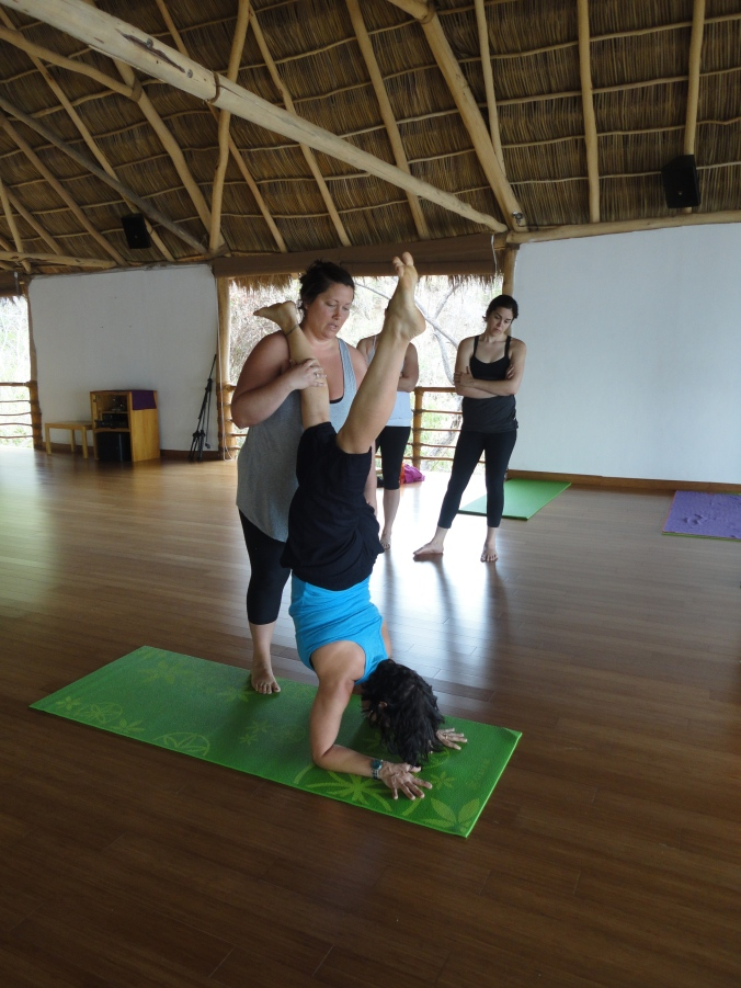 blonde-in-grey-mexican-yoga-retreat-part-2-27
