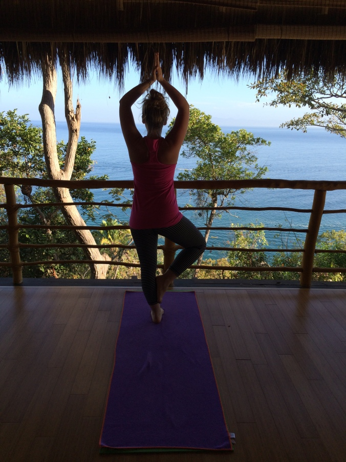 blonde-in-grey-mexican-yoga-retreat-part-3-14