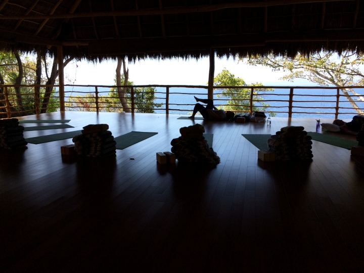 blonde-in-grey-mexican-yoga-retreat-part-3-5